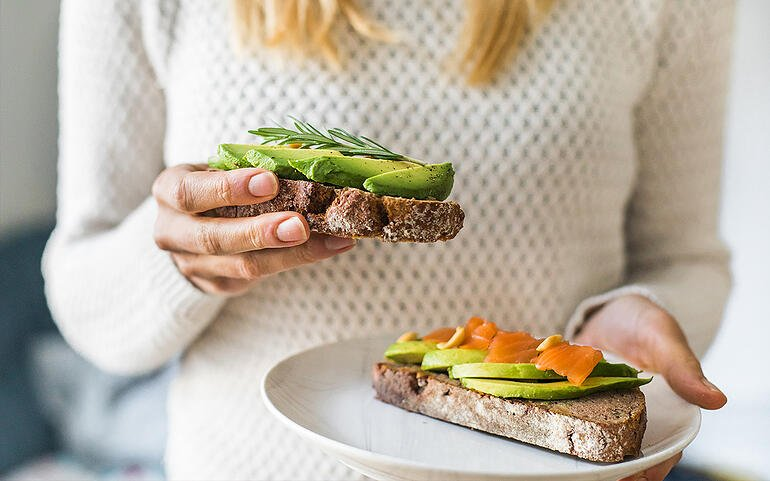 Is Eating at Home Eating Up Too Much Time? Try These 32 Healthy Lunch Ideas