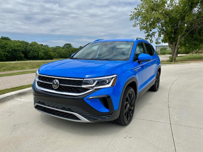 2022 Volkswagen Taos 1.5T SEL FWD Review