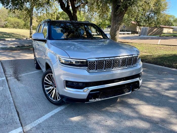 2022 Jeep Grand Wagoneer Series III Review