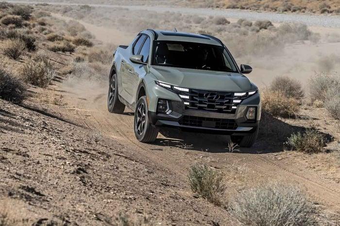 2022 Hyundai Santa Cruz Compact Pickup Makes Long-Awaited Debut