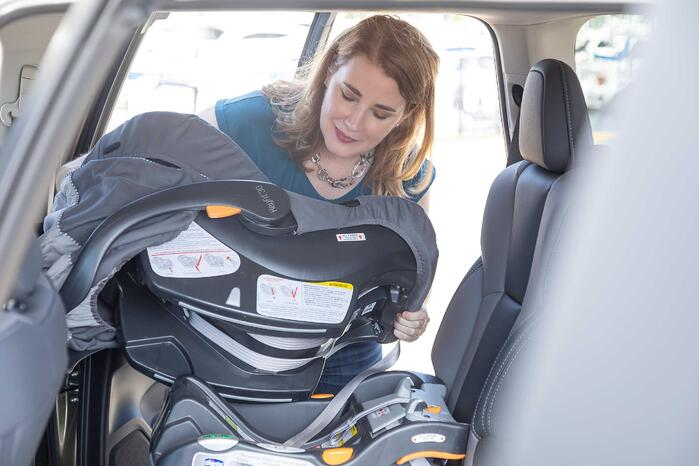 Cars.com Rates Best Vehicles For Child Car Seats