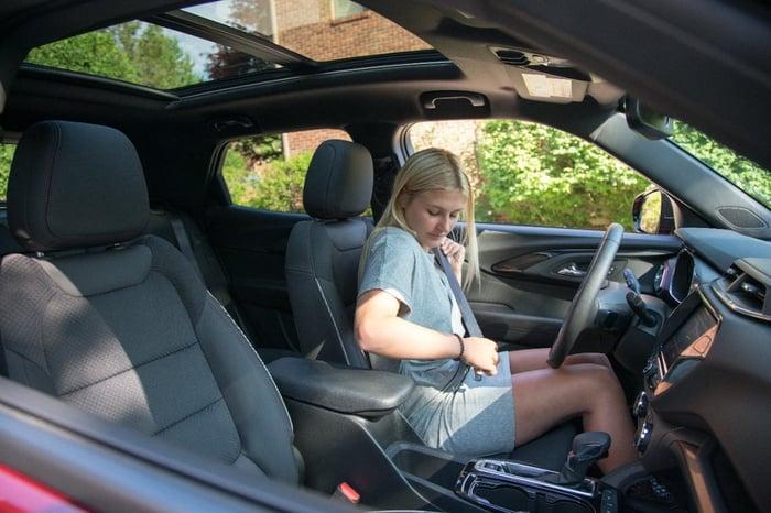 Chevrolet Encourages Seatbelt Use