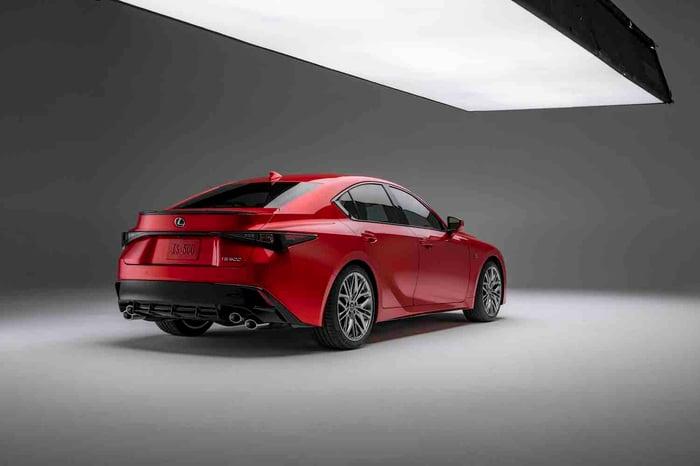 2022 Lexus IS 500, Ford F-150 Lightning Pro