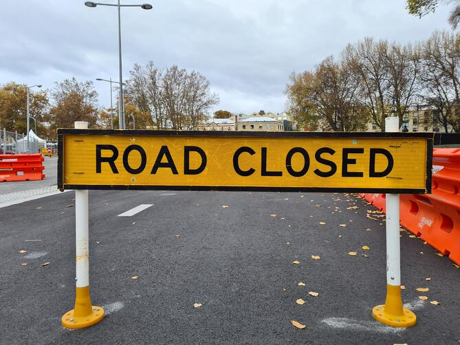 How to overcome the seven roadblocks to digital transformation and eforms