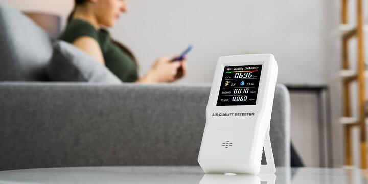 air quality detector sitting on a table