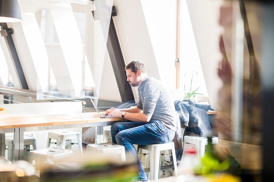 blog-remote-working-employees-decide