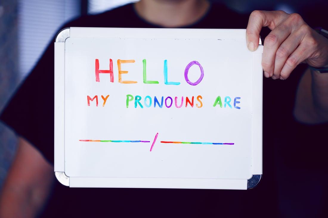 gender pronoun badges