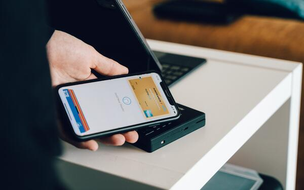 From Cashless to Cardless: Increasing Use of Digital Wallets