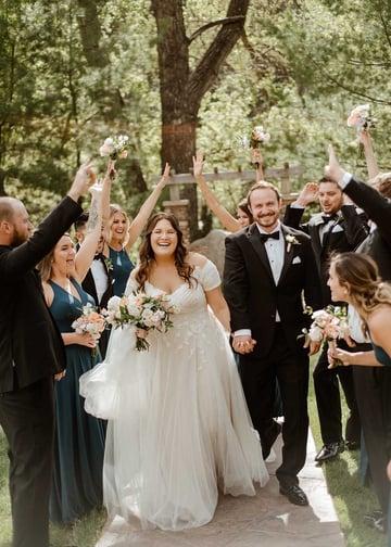 Romantic Creekside Summer Wedding at Boulder Creek