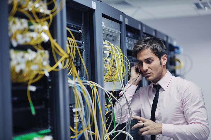 What's the Difference Between Help Desk and Managed Services