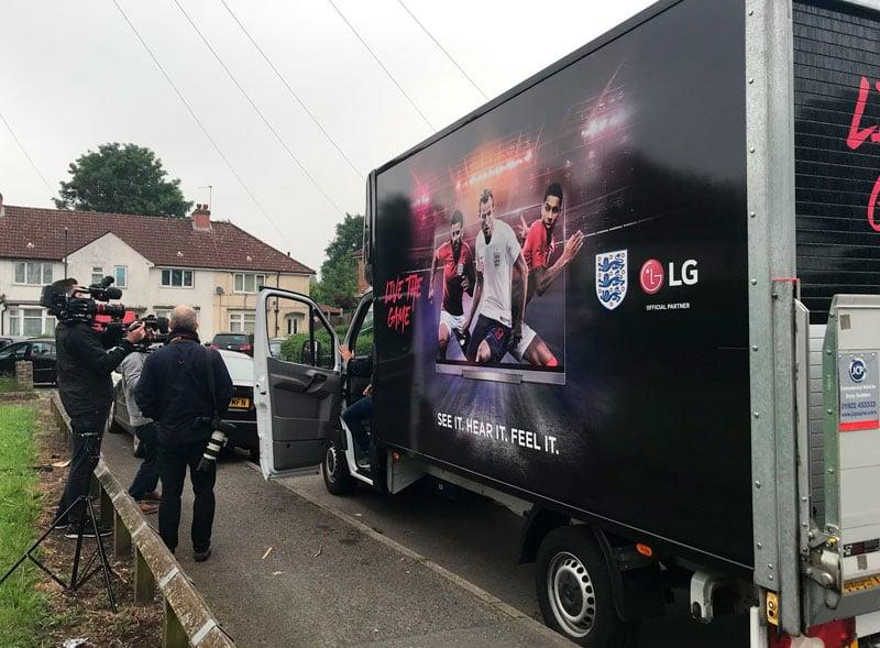 LG Luton Promo Van