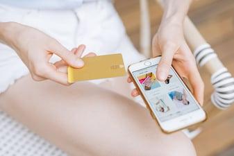 Perché nel 2021 dovresti integrare i pagamenti invisibili nel tuo business