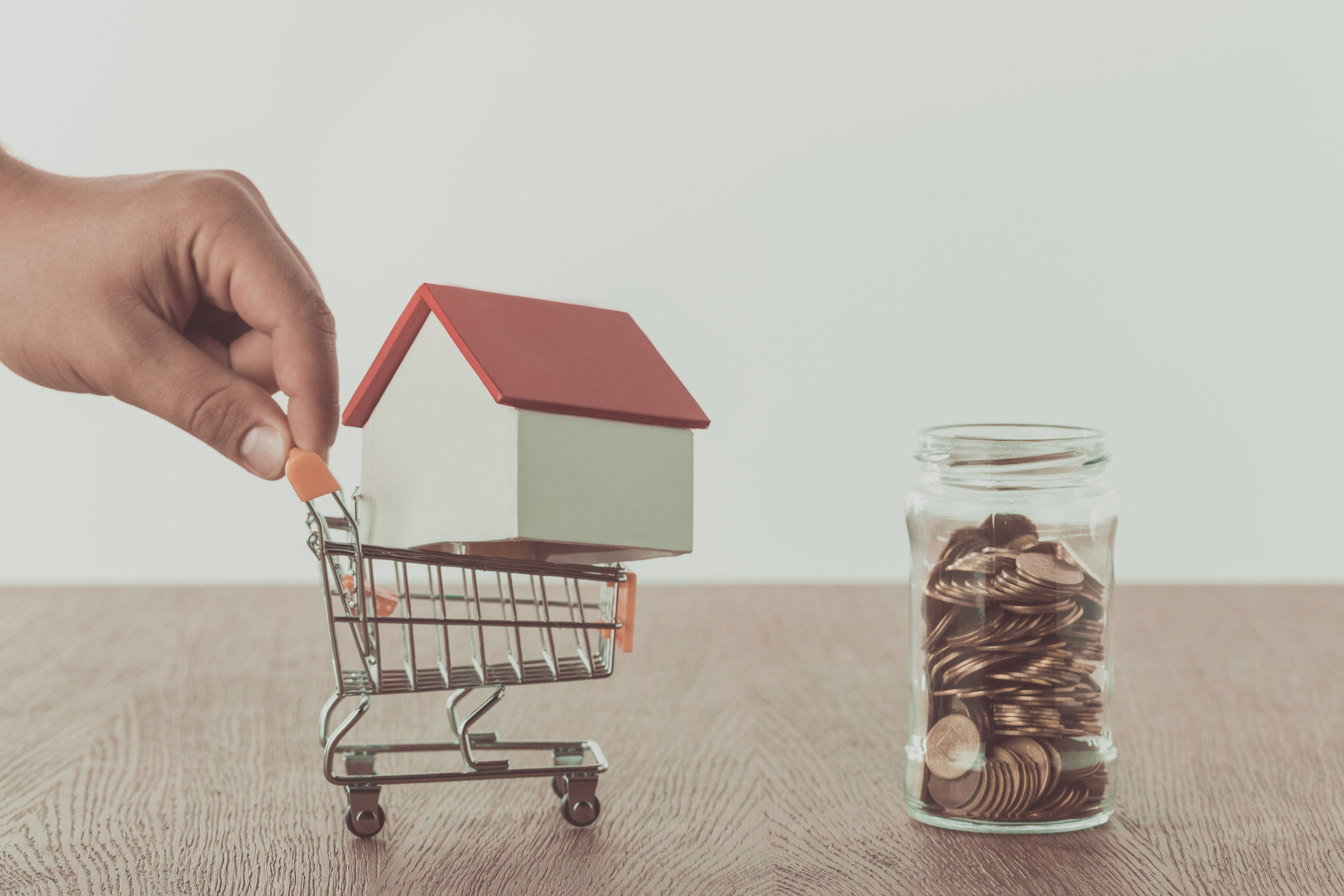 Calculating Rental Property ROI: What is the Formula? [Lakewood Ranch Property Management Tips]